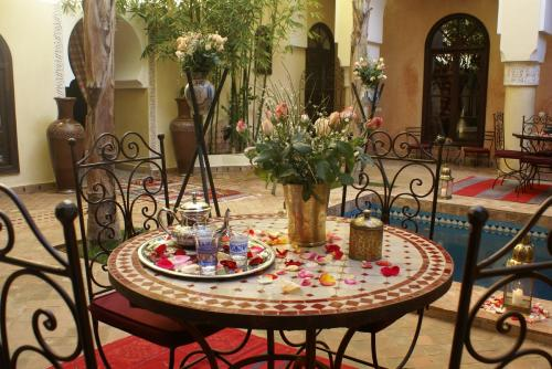 Riad-Nabila  Patio-Coursive 3